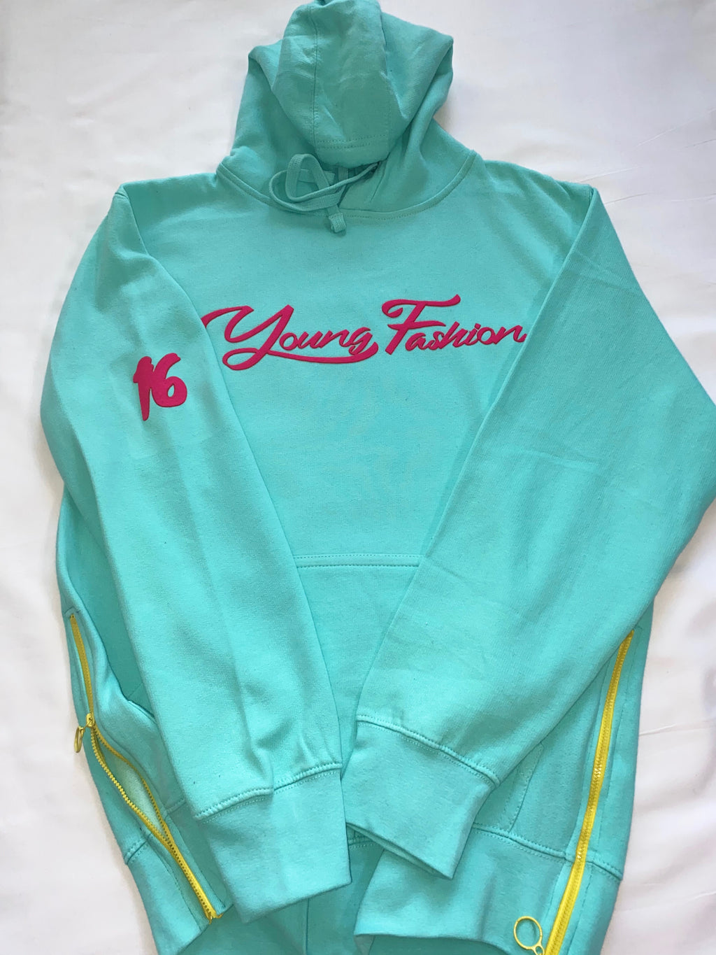 "YOUNG FASHION ""PARADISE"" 16 COLLECTION HOODIE"