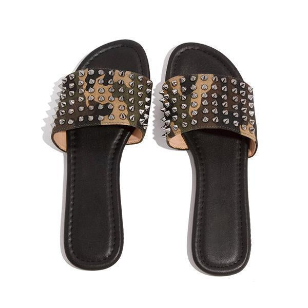 Mascori Studded Spiked Strap Lightly Padded Insole Slippers