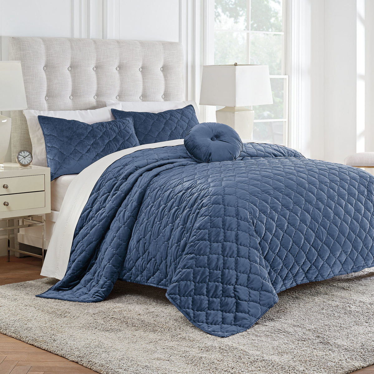 Modern Living Addison Velvet Quilt Set