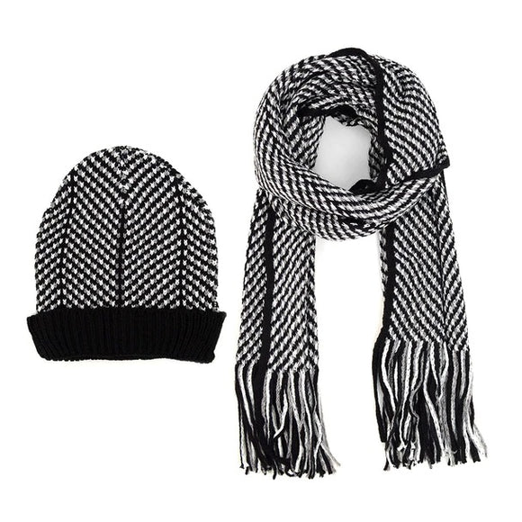 Men's Black and White Winter Knit Scarf and Hat