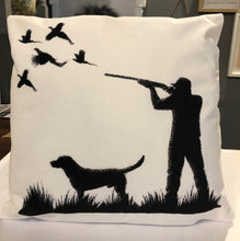 Load image into Gallery viewer, Pheasant shooting cushion with infill