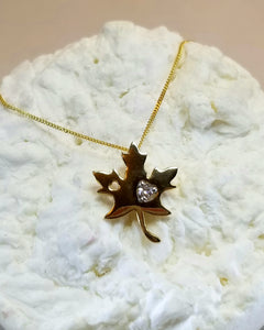 14k Y&W Canadian Diamond Maple Leaf Pendant