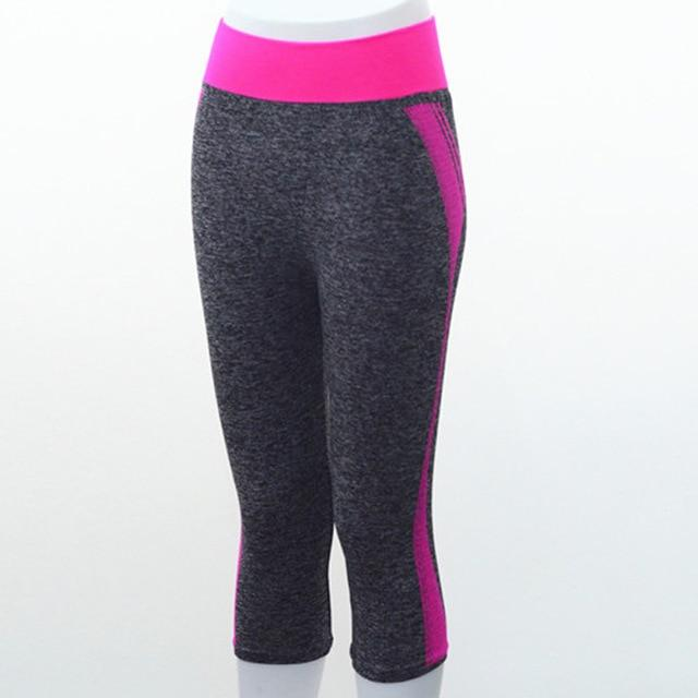 Quarter Length Yoga Pants workoutleggings Rose Red Large