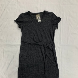 Primary Photo - BRAND: DOLAN LEFT COAST STYLE: DRESS SHORT SHORT SLEEVE COLOR: GREY SIZE: PETITE  MEDIUM SKU: 111-111320-1549