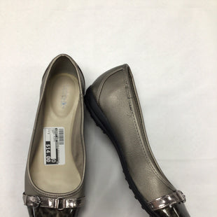Primary Photo - BRAND: CROFT AND BARROW STYLE: SHOES FLATS COLOR: GREY SIZE: 7 SKU: 111-111292-17403