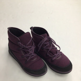 Primary Photo - BRAND: CLARKS STYLE: BOOTS ANKLE COLOR: PURPLE SIZE: 11 SKU: 111-111304-1530