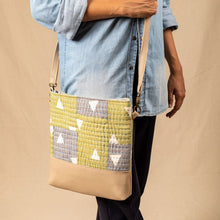 Load image into Gallery viewer, Bobby Slouch Bag