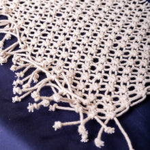 Load image into Gallery viewer, Macrame Table Runner