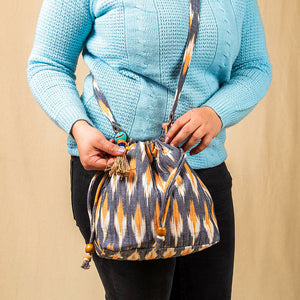 Suneeta Bucket Bag (Quilted)