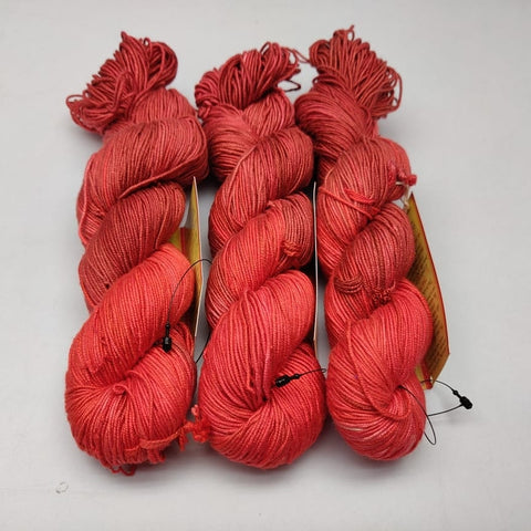 Alia Silk Yarn- MRRD, Alia Silk, Alia Silk Yarn, Alia Yarn, Mulberry Silk, Mulberry Silk Yarn, Mulberry Yarn, Socks Yarn, Sweater yarn, Yarn for knitting, Knitting Yarn, Crochet Yarn, Weaving Yarn, DIG yarn | SILKROUTEINDIA
