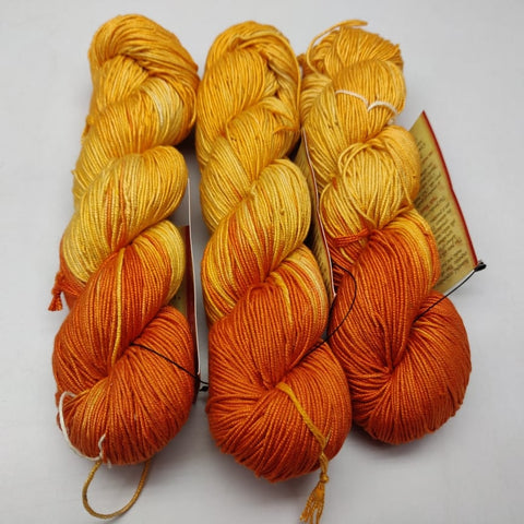 Alia Silk Yarn - MTY, Alia Silk, Alia Silk Yarn, Alia Yarn, Mulberry Silk, Mulberry Silk Yarn, Mulberry Yarn, Socks Yarn, Sweater yarn, Yarn for knitting, Knitting Yarn, Crochet Yarn, Weaving Yarn, DIG yarn | SILKROUTEINDIA