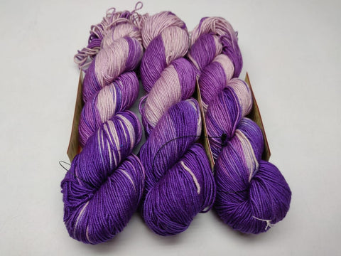 Alia Silk Yarn- PPLP, Alia Silk, Alia Silk Yarn, Alia Yarn, Mulberry Silk, Mulberry Silk Yarn, Mulberry Yarn, Socks Yarn, Sweater yarn, Yarn for knitting, Knitting Yarn, Crochet Yarn, Weaving Yarn, DIG yarn | SILKROUTEINDIA