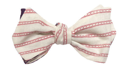 Wanderlust - Reversible red strope bow tie