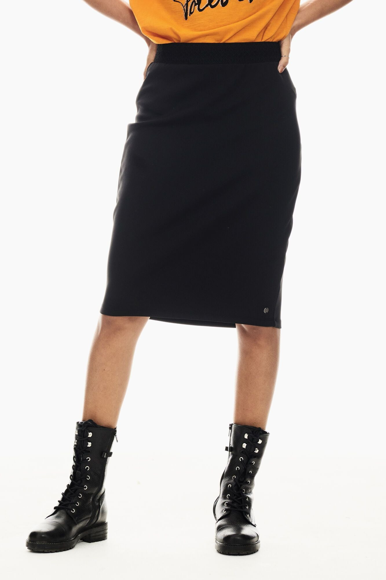Garcia black skirt GS000824