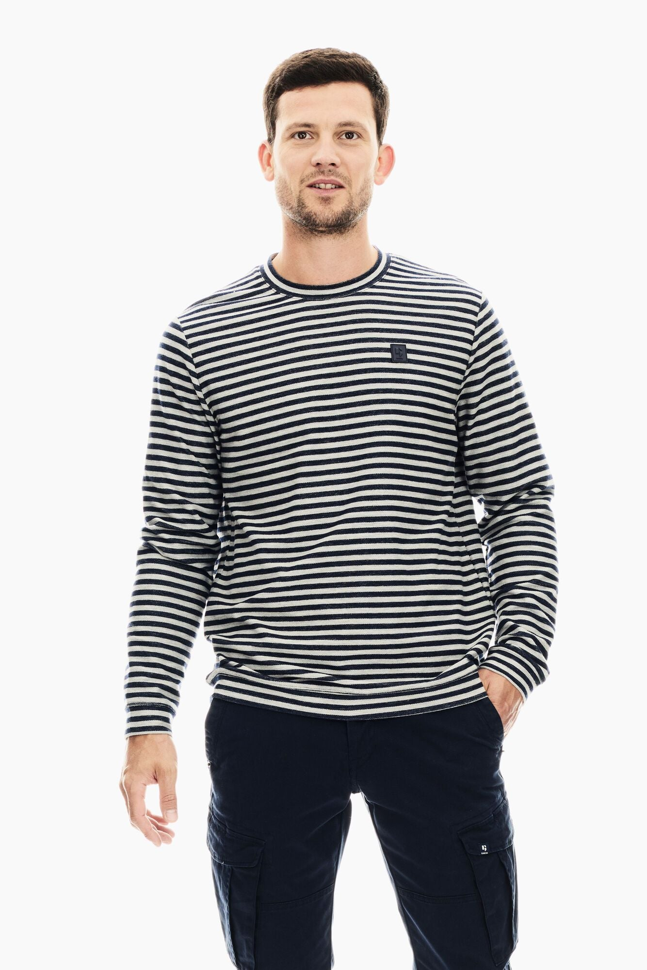 Garcia men's striped grey sweater T01217