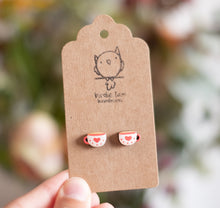Load image into Gallery viewer, Cozy cafe stud earrings