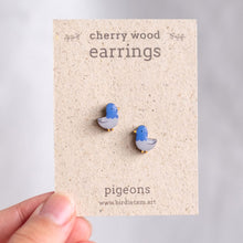 Load image into Gallery viewer, Bird earrings