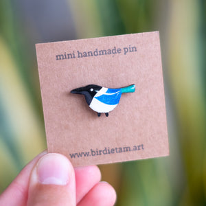 Mini bird pins