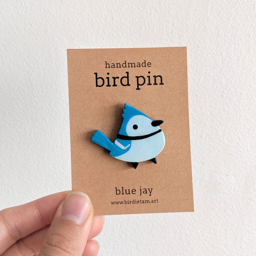 Handmade blue jay bird pin by birdie tam