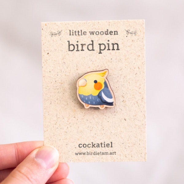 Small parrot pin