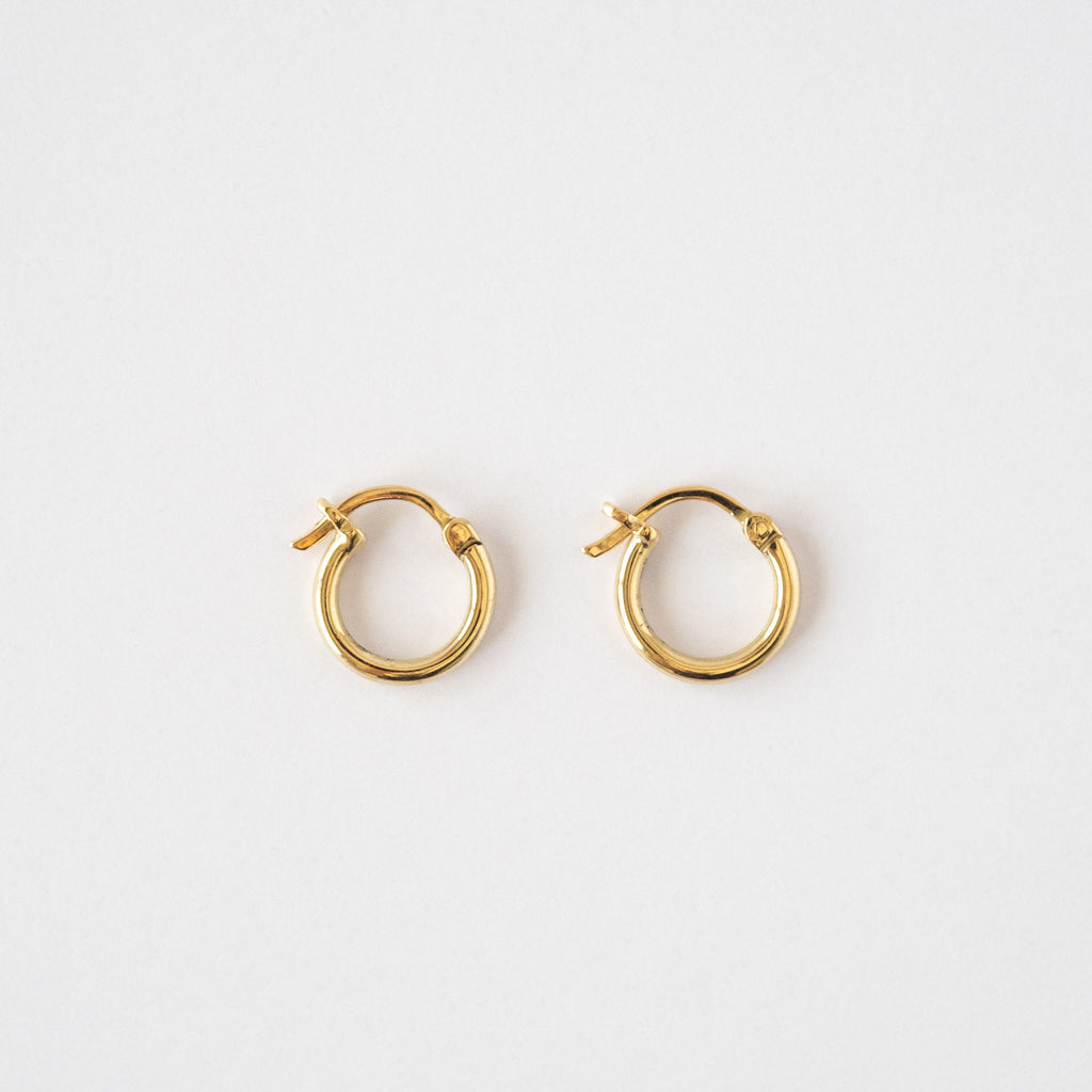 Mini Hoop oro amarillo 18k