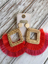 Load image into Gallery viewer, Rattan Tassel Earrings