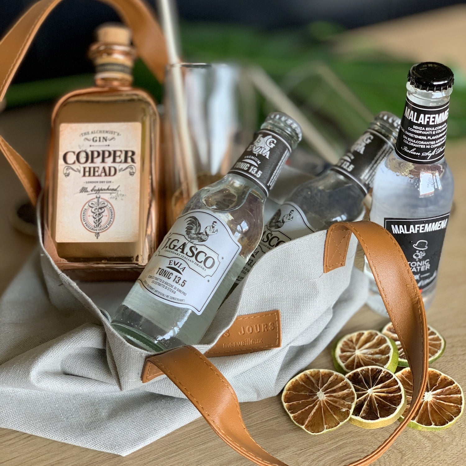 Copperhead Gin 'To-Go' Gin & Tonics