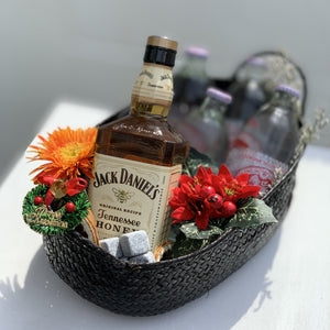 Jack Daniel's Tennessee Honey Whisky Soda Christmas Hamper