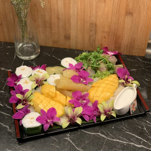 Mango Sticky Rice Luxury Lacquered Tray (6 pax)