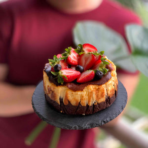Gluten-free Burnt Cheese Cake (Dark Chocolate)
