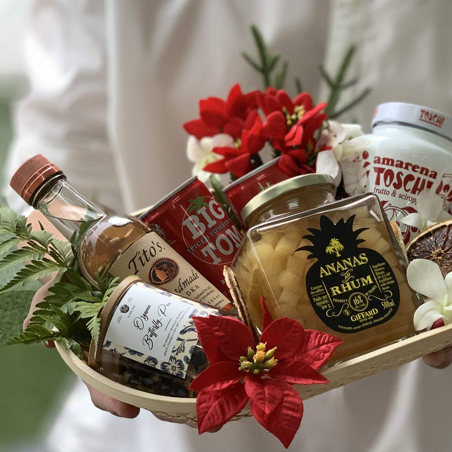 The Vodka Mixologist Holiday Hamper