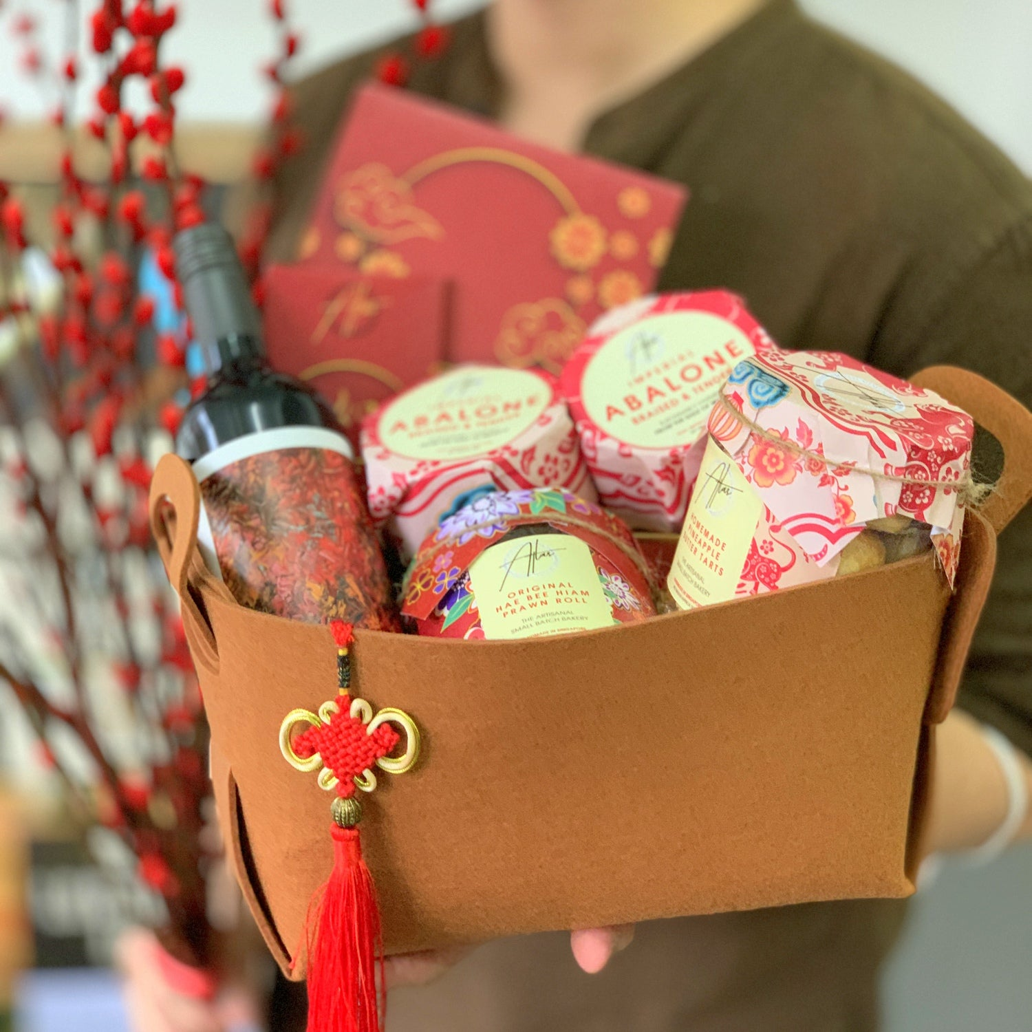 Wine and CNY Gourmet Hamper