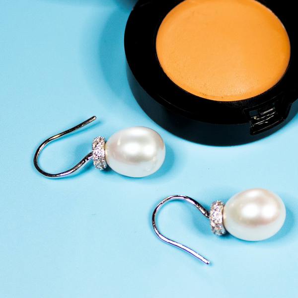 How to take care of pearls?