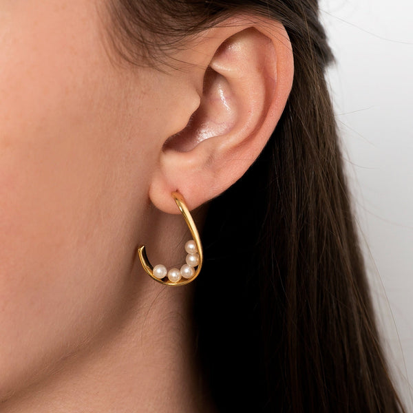 Freshwater Golden Curve Pearl Earrings