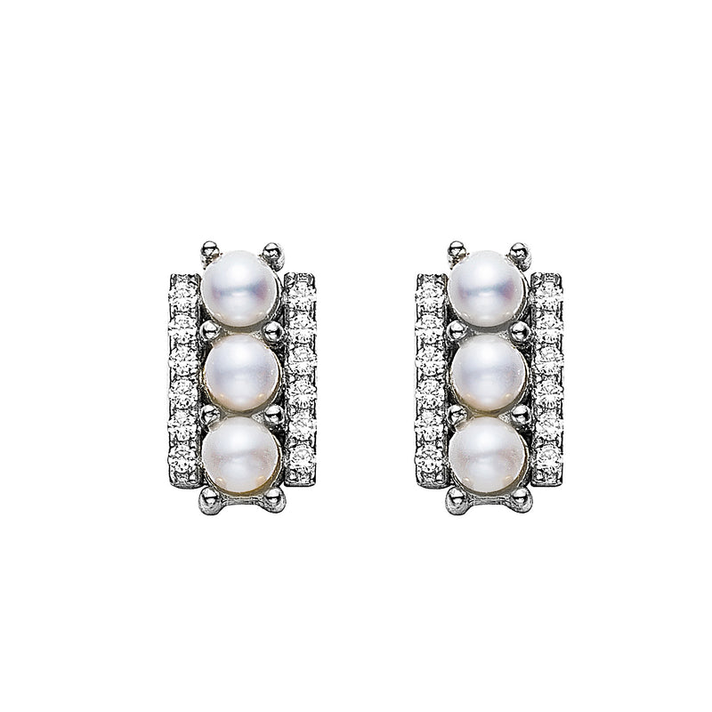 Statement Button Pearl Earring