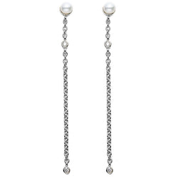 Moving Pearl Drop Earrings