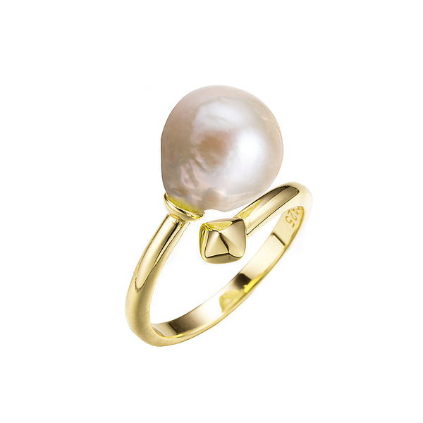 The Modern Duchess Gold Pearl Ring