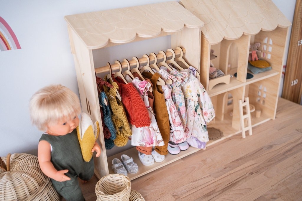 Dolls Clothes Rack