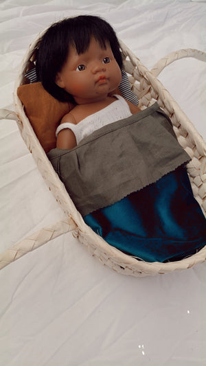 Seagrass Doll Carrier