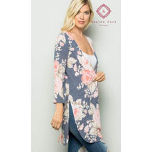 Load image into Gallery viewer, PRE ORDER Floral Kimono - Top