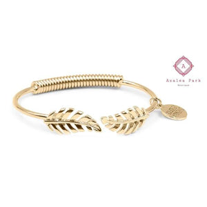 Goddess Collection - Laurel Leaf Bracelet - Gold - Kinsley Armelle