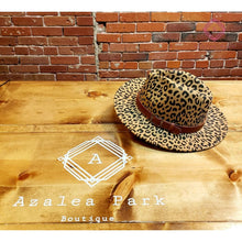 Load image into Gallery viewer, Leopard Felt Hat - Hats & Hair Accessories
