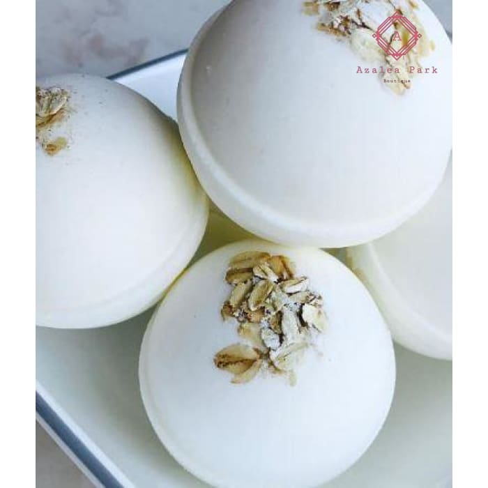 Oatmeal & Milk Bath Bomb - Bath