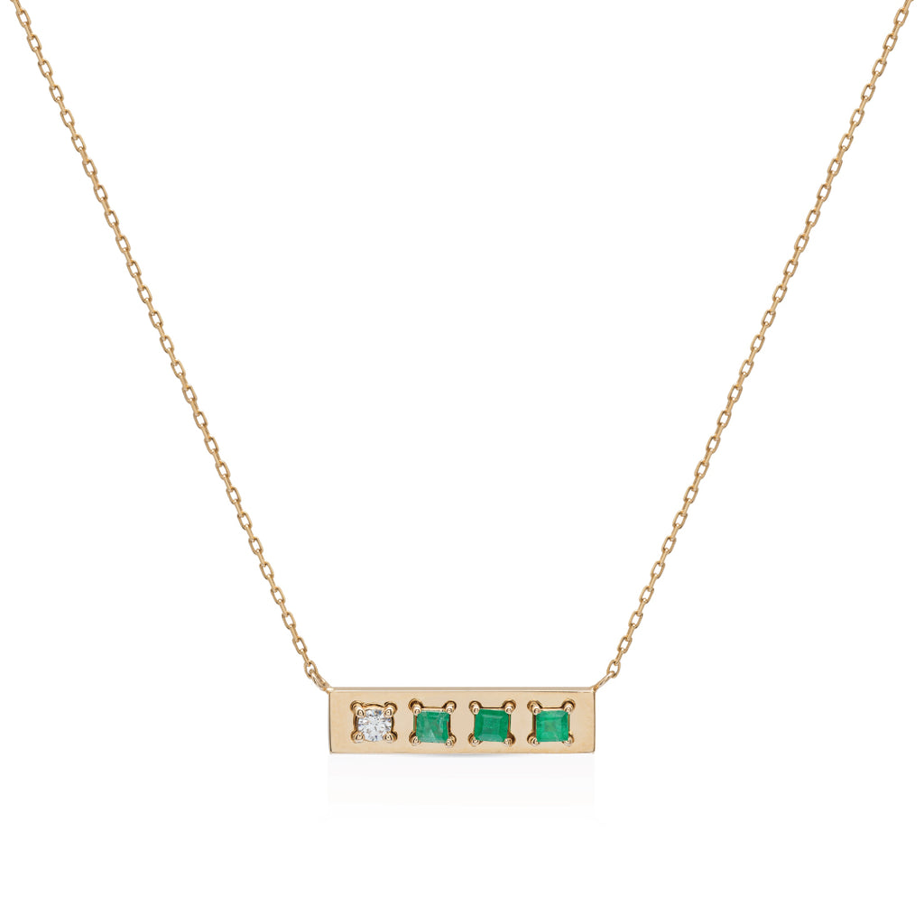 Be different gold with Emerald and Diamond Necklace