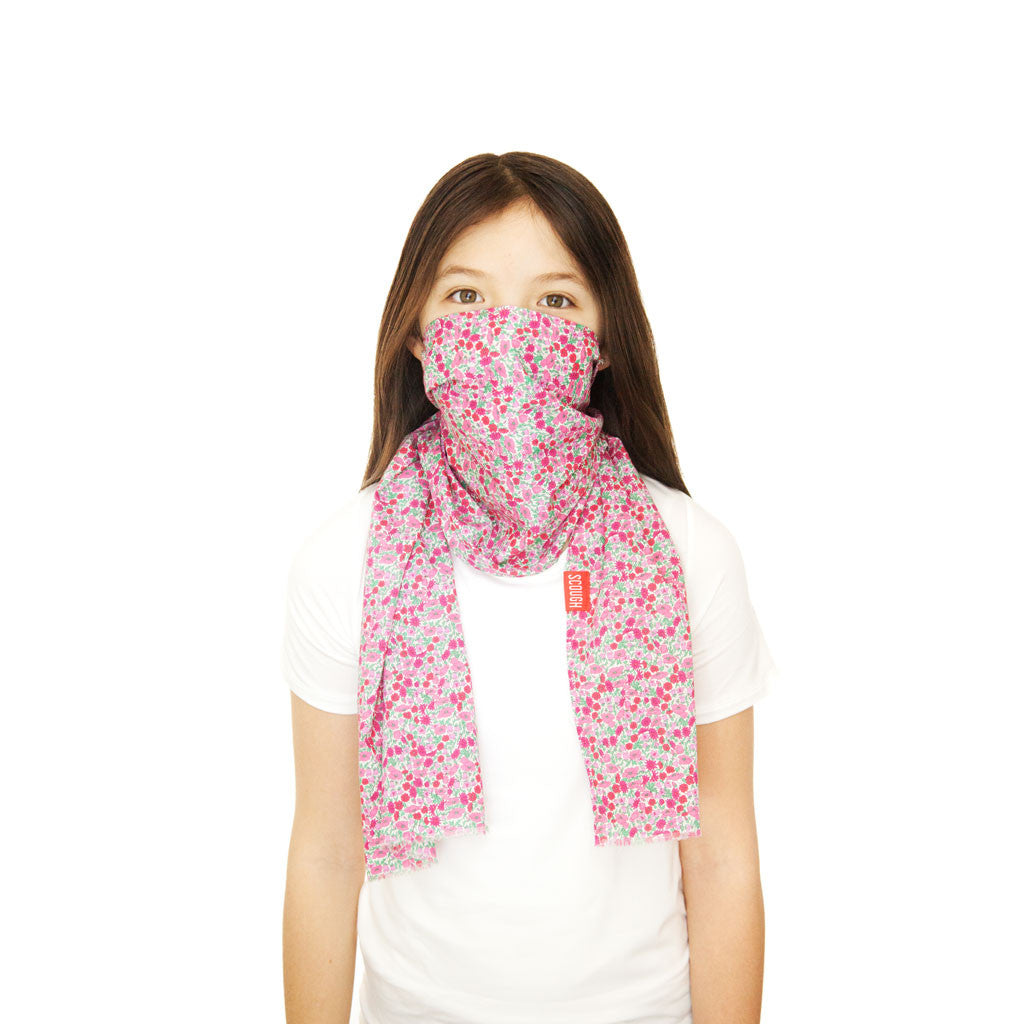 ZOLA KIDS SCOUGH - Liberty of London Pink Floral Lightweight Cotton Scarf