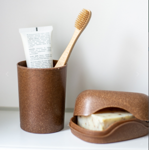 Toothbrush Mug - Liquid Spruce Wood
