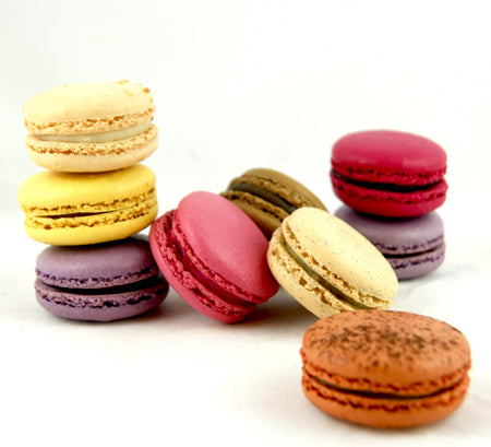 BOX OF 21 FRENCH MACARONS