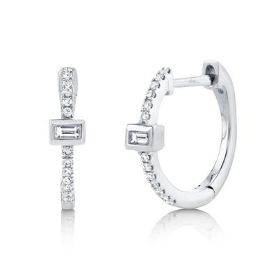 DIAMOND WITH BAGUETTE HOOP EARRING