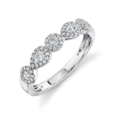 PEAR SHAPED AND ROUND DIAMOND BAND