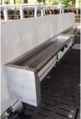 DELMER WALL TYPE TIPPER DRINKING WATER TROUGH for Cattle